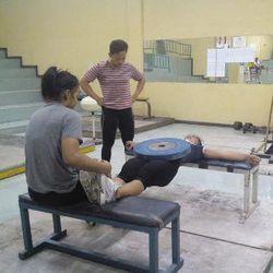 Tak Lagi Angkat Barbel, Atlet Angkat Besi Fokus Latihan untuk Perkuat Otot