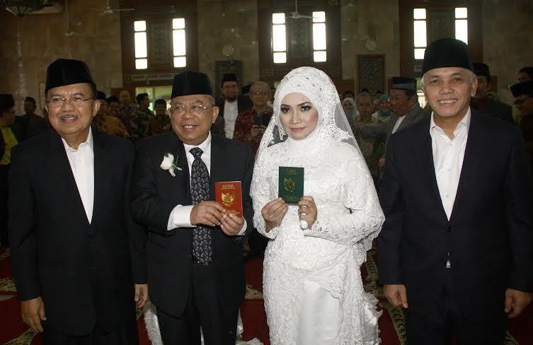 Melihat Suasana Pernikahan KH Ma'ruf Amin yang Mendekatkan ...
