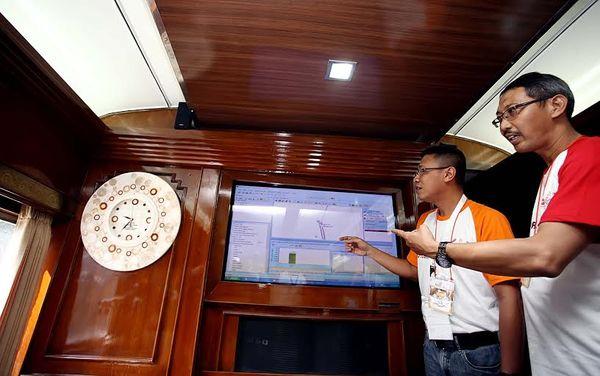 Telkomsel Cek Jaringan di Jalur Mudik Kereta
