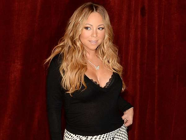 Mariah Carey Tetap Seksi di Usia 44