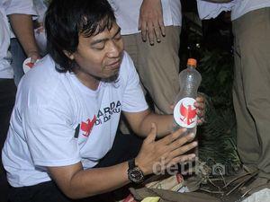 Komeng Sosialisasikan Prabowo-Hatta