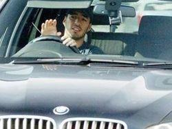 Luis Suarez dan BMW X5