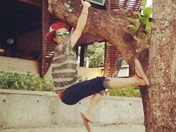 Yuk, Intip Foto-foto Wooyoung 2PM di Bali!