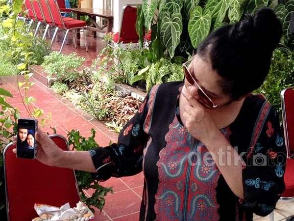2 Keponakan Vina Panduwinata Jadi Korban MH17