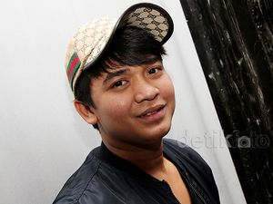 Topi Gucci Billy Syahputra
