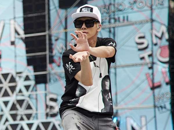 Kekocakan SHINee Saat Gladi Resik SMTOWN Live World Tour IV