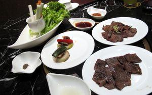 Perkawinan Barbeque Jepang dan Korea di Restoran Elegan