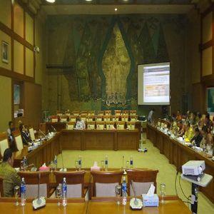 Dua Hari Berturut-turut, Rapat di Komisi VII DPR Banyak Hantu