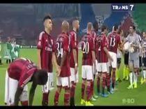 Tevez Tenggelamkan Milan