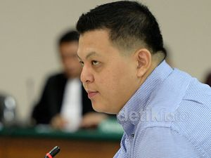 Jaksa Tolak Pledoi Teddy Renyut