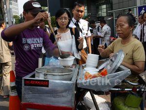 Kuliner Gratis di Pesta Rakyat Jokowi