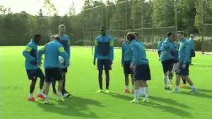 Theo Walcott Siap Turun di Liga Champions