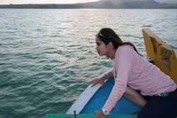Indahnya Permadani Putih di Pulau Nokoh, Jawa Timur