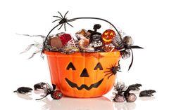 Wah! Ada Obat Terlarang Terselip Dalam Permen Halloween