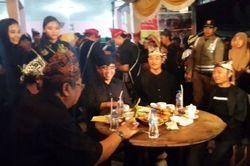 Heboh! Ribuan Orang Minum Kopi Bareng di Banyuwangi