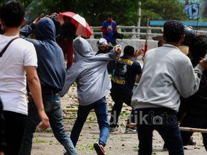 Tawuran Warga Pecah di Manggarai