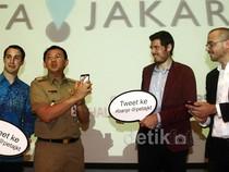Ahok Luncurkan Kicauan 'Alarm' Banjir Jakarta