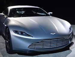 Menengok Aston Martin DB 10, Mobil Eksklusif James Bond Terbaru
