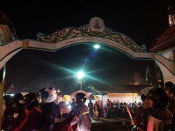 Serunya Pasar Malam Sekaten di Yogyakarta