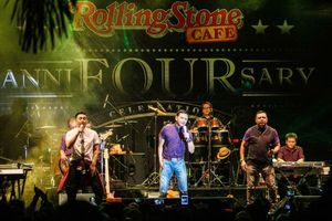 Foto: Konser Kahitna di Ultah Rolling Stone Cafe