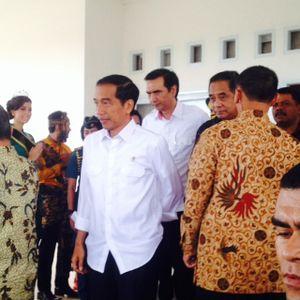 Senangnya Gubernur NTT Dapat 4 Hadiah Ini Dari Jokowi