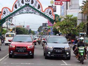 Pecinta Mitsubishi Outlander Sport Melancong ke Yogyakarta