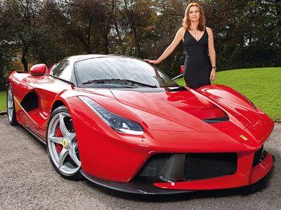 Ferrari untuk Lady Cornelia