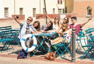 Daripada Tawuran, Remaja Mending Belajar Traveling