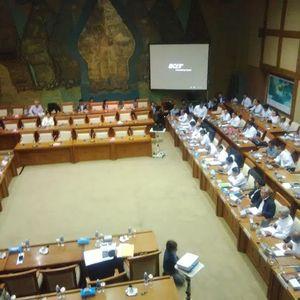 Rapat Sempat Tegang, Anggota DPR Ribut Soal Lokasi Smelter Freeport