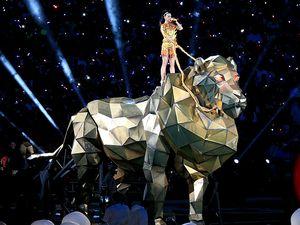 Roar! Penampilan Wow Katy Perry di Super Bowl XLIX