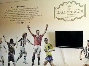 Ronaldo Sampai Zidane, Ada di Kamar Hotel Bandung Ini