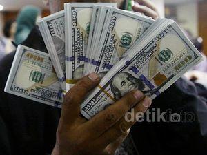 Dolar AS Masih Perkasa di Rp 13.000