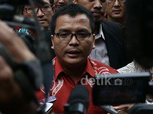 Denny Indrayana Penuhi Panggilan Polisi