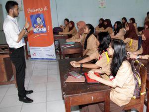 Bantuan Edukasi Siswa SMK
