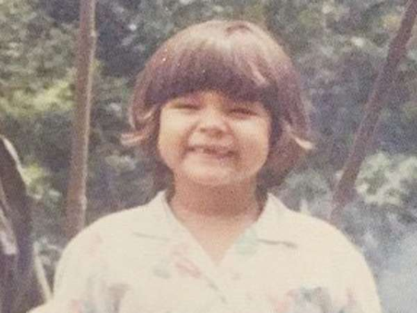 Lucunya Dewi Sandra Saat Kecil