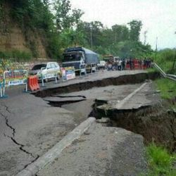 Jalur Ciregol Ambles, Jalur Utama Purwokerto-Brebes Ditutup Sementara
