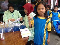 Puding Mengandung Pewarna Tekstil Ditemukan di Kantin Sekolah di Rawamangun