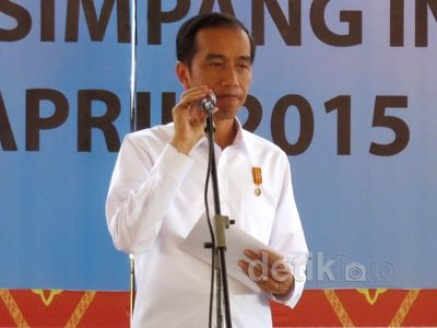 Jokowi Resmikan Tol Trans Sumatera Rp 40 T