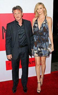 Charlize Theron: Sean Penn Adalah Cinta Dalam Hidupku