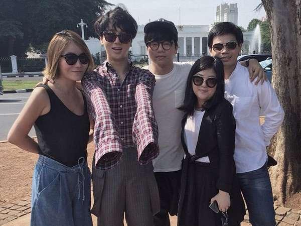 Yesung 'Super Junior' Asyik Jalan-jalan di Jakarta
