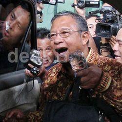 Tim Transisi: Dari Eks Wakil Ketua KPK, TNI, Petinggi Bank Mandiri, Hingga Mantan Pemain Timnas