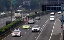 Kakorlantas: Tindak Mobil Mewah Berplat Bodong!
