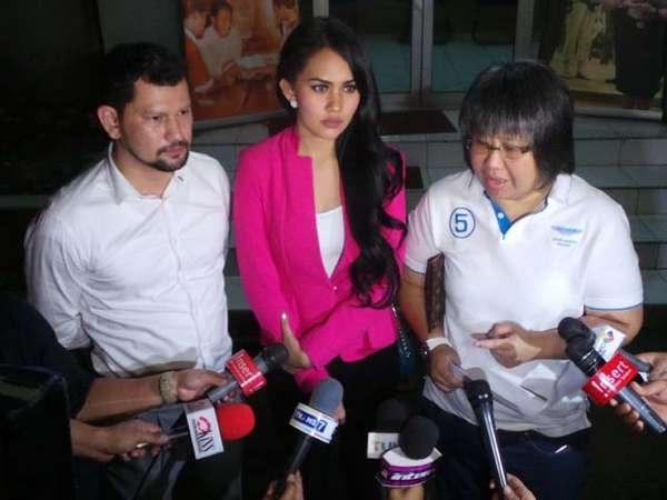 Kartika Putri Datangi Polda Metro Jaya