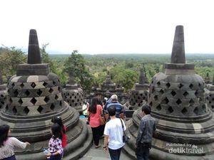 8 Tips Manjur Mengikuti Waisak di Borobudur