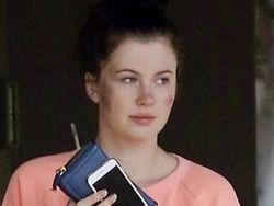 Muncul dengan Wajah Luka-luka, Putri Alec Baldwin Dikabarkan Diserang Tiga Pria