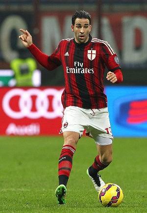 Milan Akan Lepas Adil Rami ke Sevilla