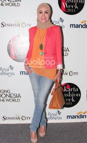 Okky Asokawati Berikan Tips Jadi Model untuk 15 Finalis Sunsilk Hijab Hunt