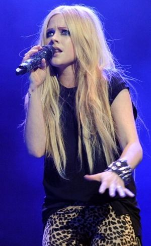 Mengenal Lyme Disease, Penyakit yang Diderita Avril Lavigne