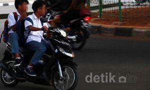Polisi Tegas Dong Razia Pelajar yang Berkeliaran Naik Kendaraan