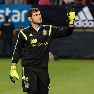 Madrid Lepas Casillas ke Porto